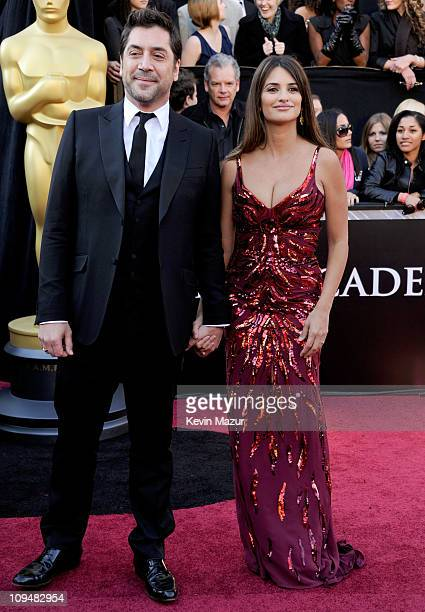 Actors Javier Bardem and Penelope Cruz arrive at the 83rd Annual Academy Awards held at the Kodak Theatre on February 27 2011 in Hollywood California