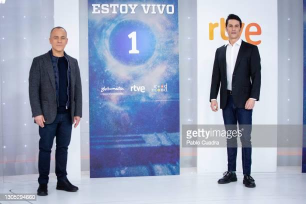 Actors Javier Gutiérrez and Alejo Sauras attend 'Estoy Vivo' photocall at RTVE on March 04, 2021 in Madrid, Spain.