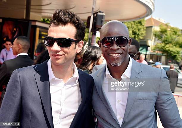 Jay baruchel imagens e fotografias getty images actors jay baruchel and djimon hounsou arrive at the premiere of twentieth century fox and dreamworks ccuart Image collections