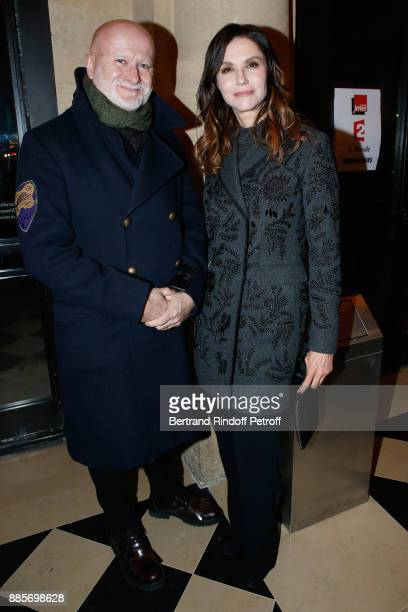 Actors JeanLuc Revol and Alessandra Martines attend the Tribute to Actress Jeanne Moreau at Odeon Theatre on December 4 2017 in Paris France
