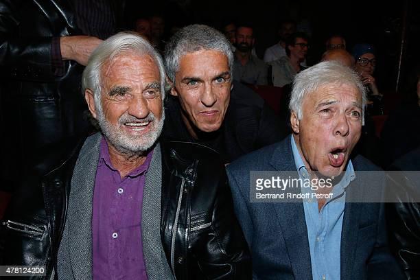 Actors JeanPaul Belmondo Sami Naceri and Humorist Guy Bedos attend the 2015 Public performance of 'L'Entree Des Artistes' Held at Theatre de la Gaite...