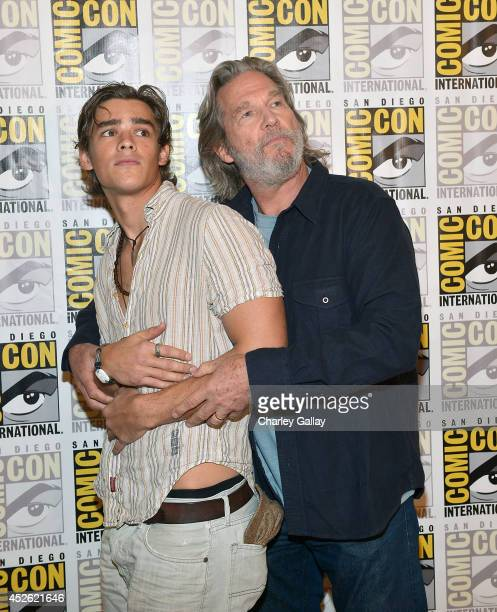 Actors Jeff Bridges and Brenton Thwaites attend The Weinstein Company Presents THE GIVER At ComicCon 2014 at Hilton Bayfront on July 24 2014 in San...