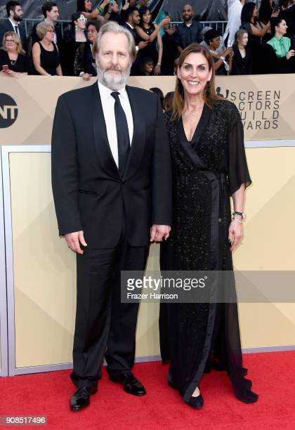 Actors Jeff Daniels and Kathleen Rosemary Treado attend the 24th Annual Screen Actors Guild Awards at The Shrine Auditorium on January 21 2018 in Los...