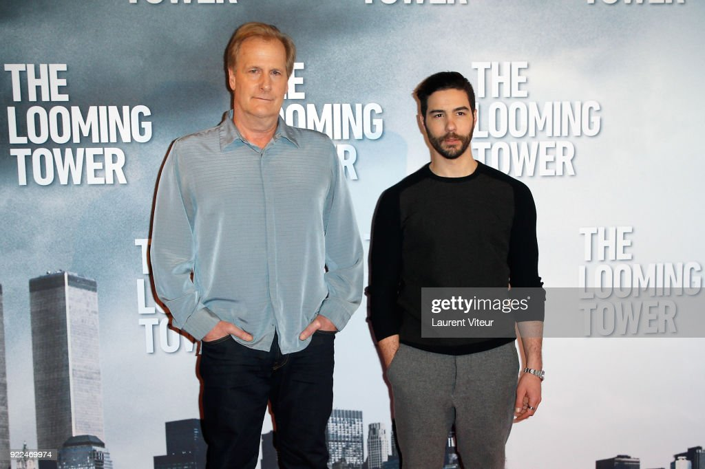 'The Looming Tower' Paris Photocall At The Royal Monceau : Fotografía de noticias