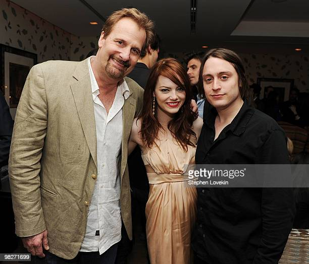 Actors Jeff Daniels Emma Stone and Kieran Culkin attend the Cinema Society with UGG Suffolk County Film Commission's after party for Paper Man at the...