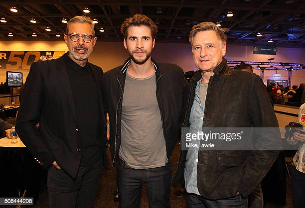 Actors Jeff Goldblum Liam Hemsworth and Bill Pullman pose at Radio Row in the Moscone Center West prior to Super Bowl 50 on February 4 2016 in San...