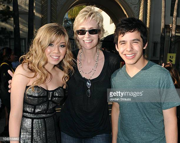 Actors Jennette McCurdy Jane Lynch and David Archuletta attend Nickelodeon's Fred The Movie premiere screening event at Paramount Theater on...