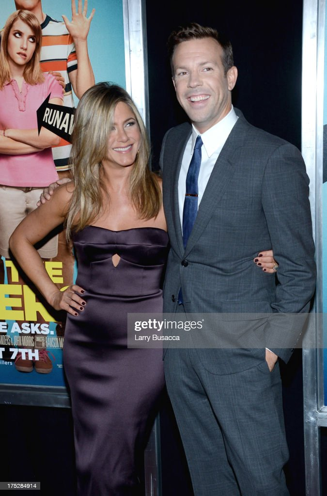 Actors Jennifer Aniston (L) and Jason Sudeikis attend the 'We're The Millers' New York Premiere at Ziegfeld Theater on August 1, 2013 in New York City.