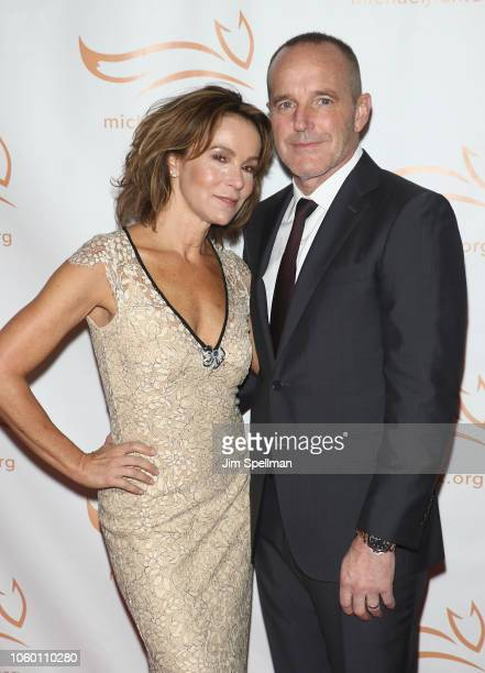 Actors Jennifer Grey and Clark Gregg attend A Funny Thing Happened on the Way to Cure Parkinson's 2018 at the Hilton New York on November 10 2018 in...