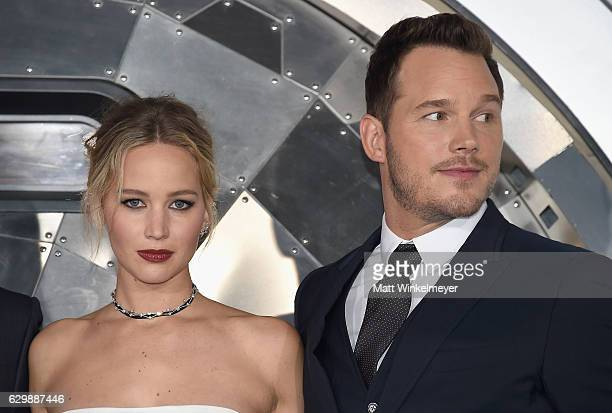 """Actors Jennifer Lawrence and Chris Pratt attend the premiere of Columbia Pictures' """"Passengers"""" at Regency Village Theatre on December 14, 2016 in..."""
