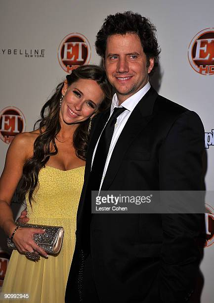 Actors Jennifer Love Hewitt and Jamie Kennedy arrive at the 13th Annual Entertainment Tonight and People Magazine Emmys After Party at the Vibiana on...