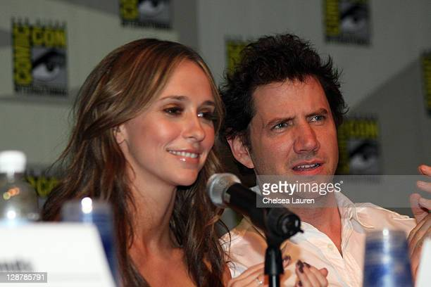 Actors Jennifer Love Hewitt and Jamie Kennedy attend the Ghost Whisperer panel on day 4 of the 2009 ComicCon International Convention on July 26 2009...