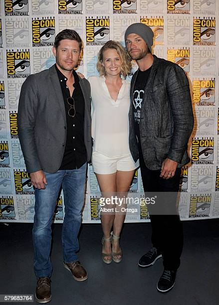 Actors Jensen Ackles Samantha Smith and Jared Padalecki attend the 'Supernatural' Special Video Presentation And QA during ComicCon International...