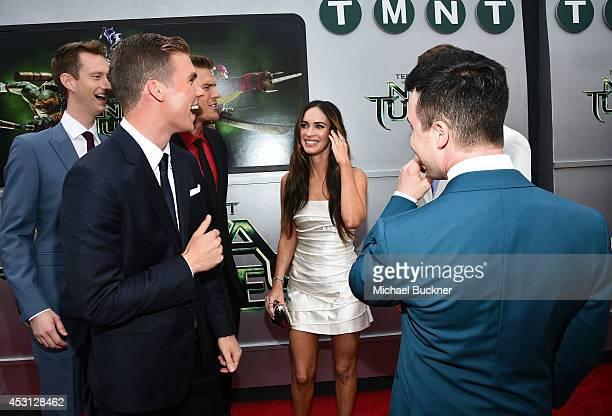 Actors Jeremy Howard Pete Ploszek Alan Ritchson Megan Fox and Noel Fisher attend the premiere of Paramount Pictures' 'Teenage Mutant Ninja Turtles'...
