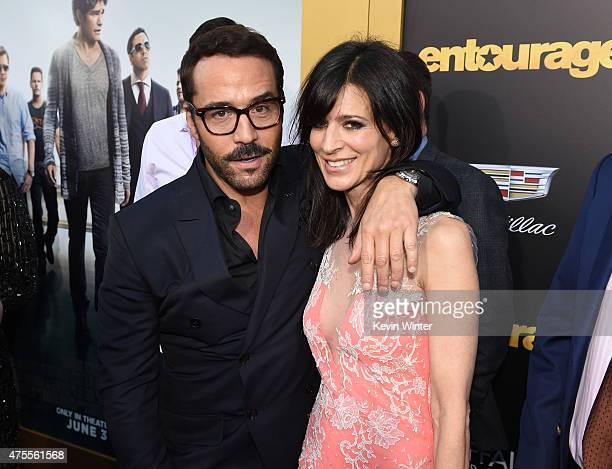 Actors Jeremy Piven and Perrey Reeves attend the premiere of Warner Bros Pictures' Entourage at Regency Village Theatre on June 1 2015 in Westwood...