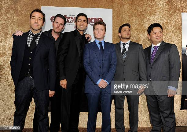 Actors Jeremy Piven Kevin Dillon Adrian Grenier Kevin Connolly Jerry Ferrara and Rex Lee arrive at the premiere of HBO's Entourage season 7 at...