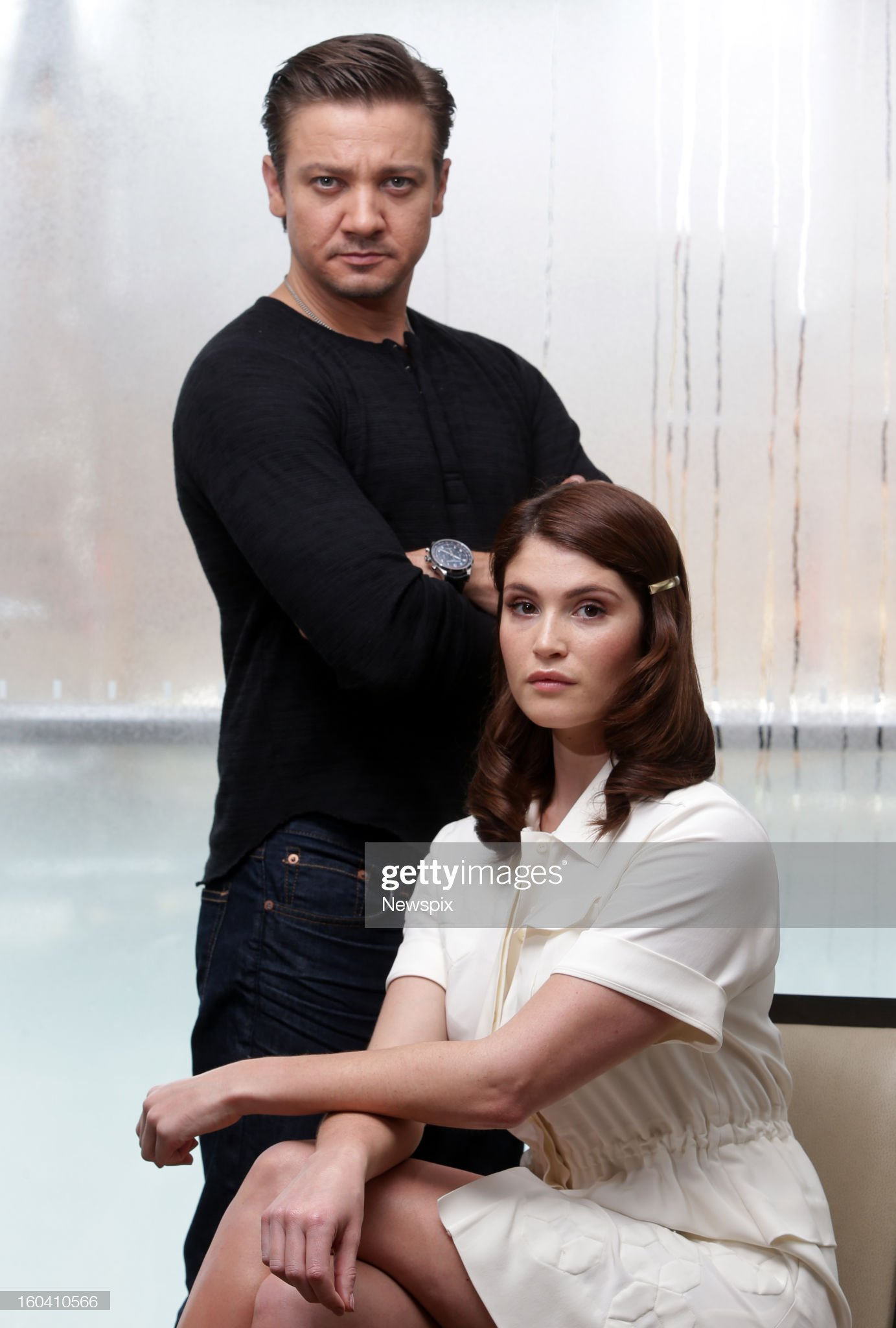 actors-jeremy-renner-and-gemma-arterton-pose-during-a-photo-shoot-to-picture-id160410566