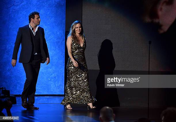 Actors Jeremy Sisto and Alicia Silverstone speak onstage during the 2015 American Music Awards at Microsoft Theater on November 22, 2015 in Los...