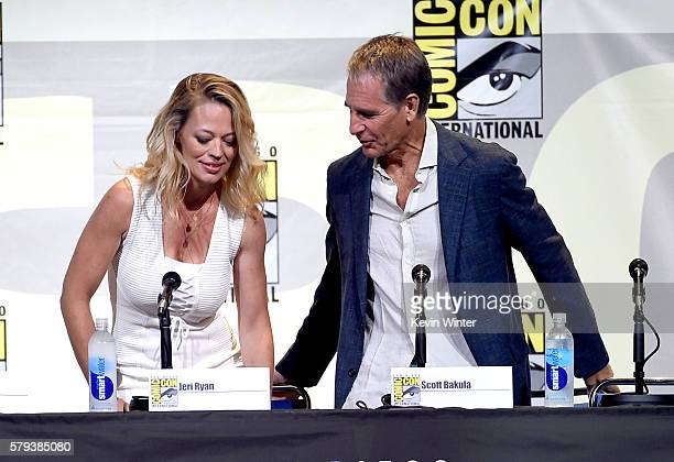 Actors Jeri Ryan and Scott Bakula attend the 'Star Trek' panel during ComicCon International 2016 at San Diego Convention Center on July 23 2016 in...