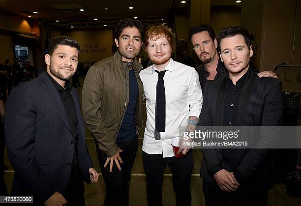 Actors Jerry Ferrara, Adrian Grenier, recording artist Ed Sheeran and actors Kevin Dillon and Kevin Connolly attend the 2015 Billboard Music Awards...