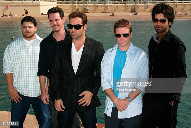 Actors Jerry Ferrara Kevin Dillon Jeremy Piven Kevin Connolly and Adrian Grenier attend the HBO Entourage photocall at the Majestic Pier during the...