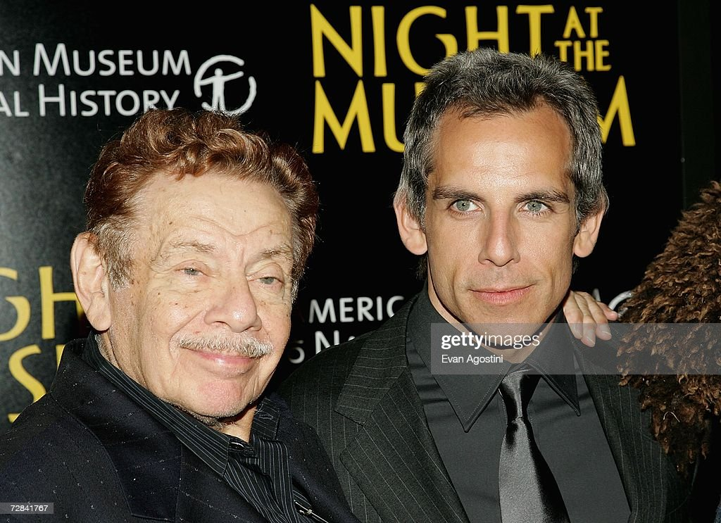 20th Century Fox Premieres Night At The Museum - Red Carpet : News Photo