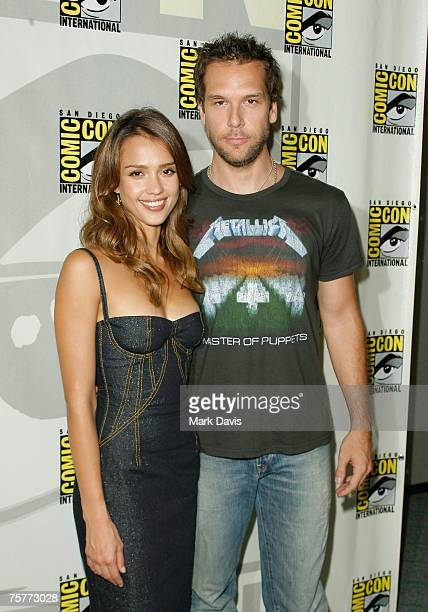 Actors Jessica Alba and Dane Cook arrive at the press panel during the 2007 ComicCon held at the San Diego Convention Center on July 26 2007 in San...