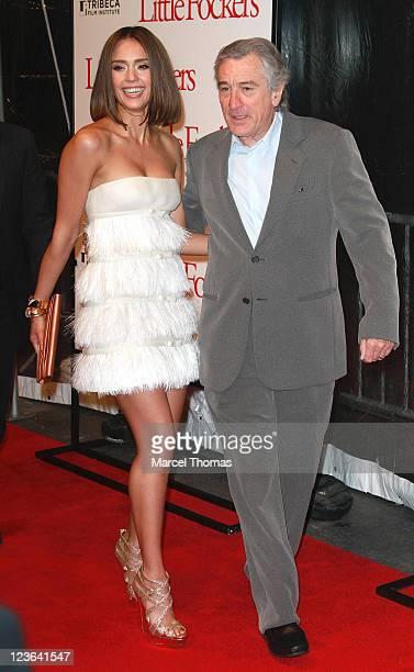 "Actors Jessica Alba and Robert De Niro attend the world premiere of ""Little Fockers"" at the Ziegfeld Theatre on December 15, 2010 in New York City."
