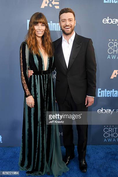 Actors Jessica Biel and Justin Timberlake attend The 22nd Annual Critics' Choice Awards at Barker Hangar on December 11 2016 in Santa Monica...