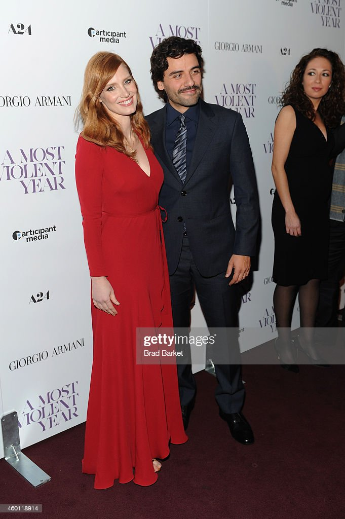 Actors Jessica Chastain (L) and Oscar Isaac attend the New York premiere of 'A Most Violent Year' at Florence Gould Hall on December 7, 2014 in New York City.