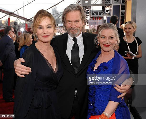 Actors Jessica Lange and Jeff Bridges with wife Susan Geston arrive to the TNT/TBS broadcast of the 16th Annual Screen Actors Guild Awards held at...