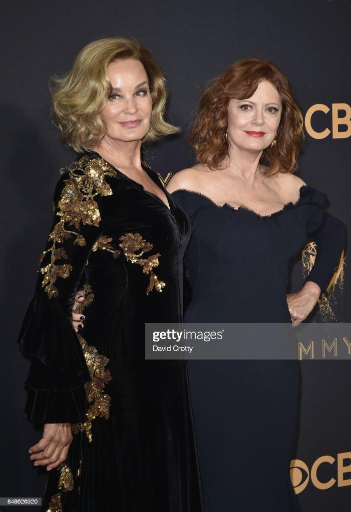 69th Annual Primetime Emmy Awards - Arrivals : ニュース写真