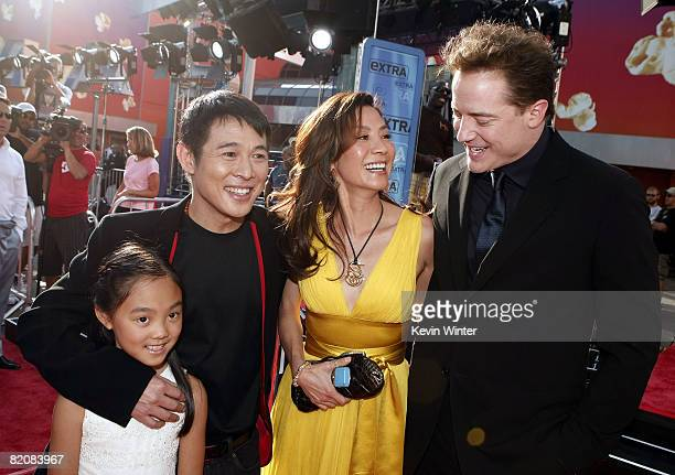 Actors Jet Li with his daughter Jane Michelle Yeoh and Brendan Fraser pose at the premiere of Universal Picture's The Mummy Tomb of the Dragon...