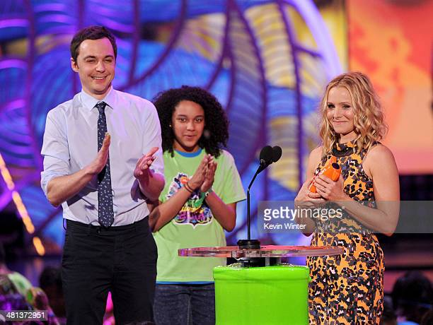 Actors Jim Parsons and Kristen Bell onstage during Nickelodeon's 27th Annual Kids' Choice Awards held at USC Galen Center on March 29 2014 in Los...