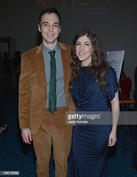 Actors Jim Parsons and Mayim Bialik backstage at the 39th Annual People's Choice Awards at Nokia Theatre LA Live on January 9 2013 in Los Angeles...