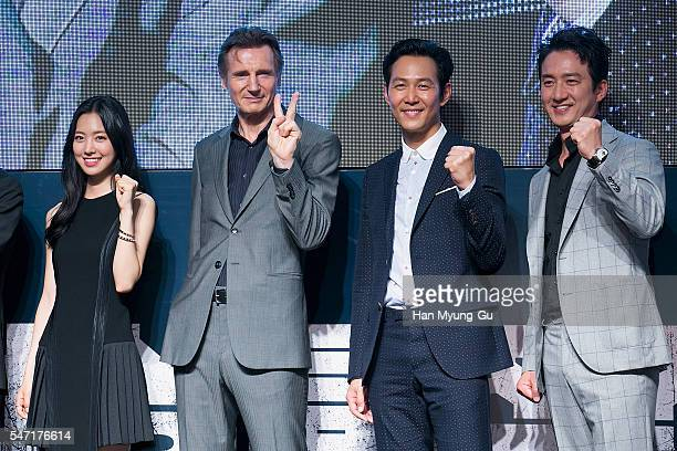 Actors Jin SeYeon Liam Neeson Lee JungJae and Jung JoonHo attend the premiere for 'Operation Chromite' on July 13 2016 in Seoul South Korea The film...