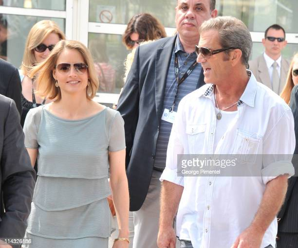 """Actors Jodie Foster and Mel Gibson attend """"The Beaver"""" Photocall at the Palais des Festivals during the 64th Cannes Film Festival on May 18, 2011 in..."""