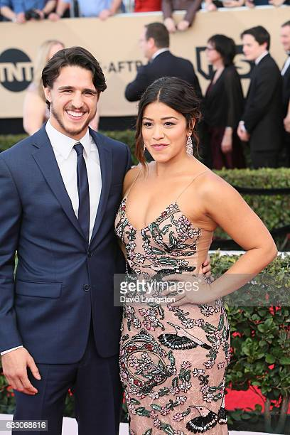 Actors Joe LoCicero and Gina Rodriguez attend the 23rd Annual Screen Actors Guild Awards at The Shrine Expo Hall on January 29 2017 in Los Angeles...