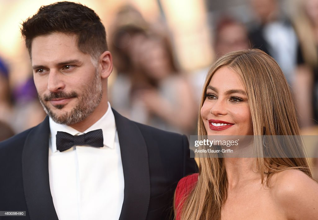 Actors Joe Manganiello and Sofia Vergara arrive at the 21st Annual Screen Actors Guild Awards at The Shrine Auditorium on January 25, 2015 in Los Angeles, California.