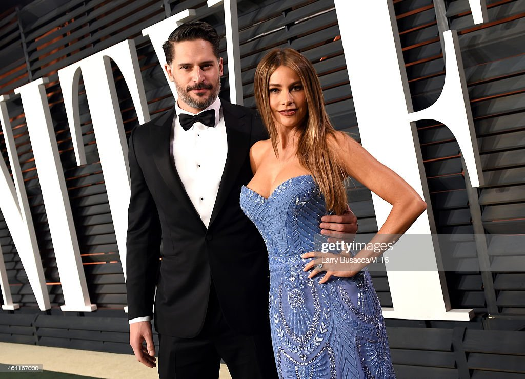 Actors Joe Manganiello (L) and Sofia Vergara attend the 2015 Vanity Fair Oscar Party hosted by Graydon Carter at the Wallis Annenberg Center for the Performing Arts on February 22, 2015 in Beverly Hills, California.