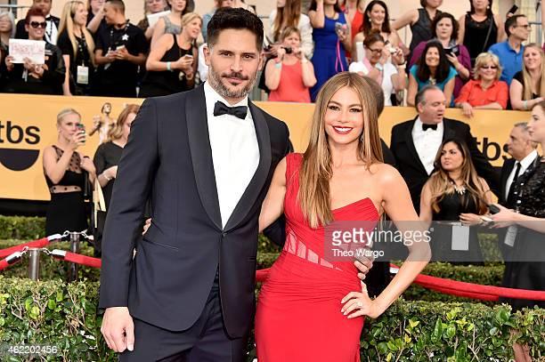 Actors Joe Manganiello and Sofia Vergara attend TNT's 21st Annual Screen Actors Guild Awards at The Shrine Auditorium on January 25 2015 in Los...