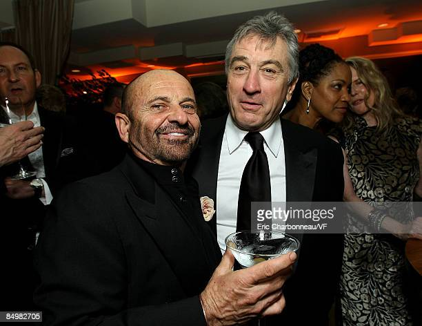 Actors Joe Pesci and Robert De Niro attend the 2009 Vanity Fair Oscar party hosted by Graydon Carter at the Sunset Tower Hotel on February 22 2009 in...
