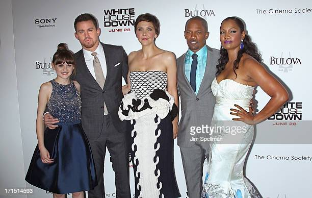 Actors Joey King Channing Tatum Maggie Gyllenhaal Jamie Foxx and Garcelle Beauvais attend 'White House Down' New York Premiere at Ziegfeld Theater on...