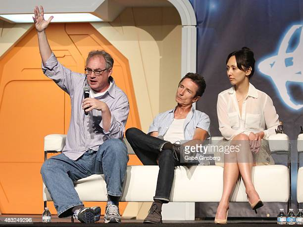Actors John Billingsley Dominic Keating and Linda Park speak during the Star Trek Enterprise panel at the 14th annual official Star Trek convention...