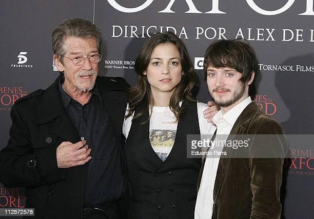 Actors John Hurt Leonor Watling and Elijah Wood attend a photocall for the film 'The Oxford Murders' at the Intercontinental Hotel on January 14 2007...