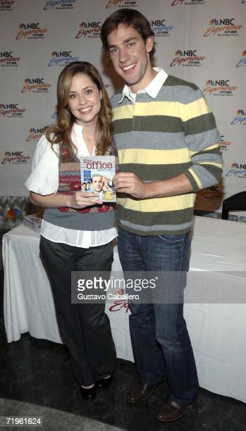 """Actors John Krasinski and Jenna Fischer attend the """"The Office"""" DVD release signing at the NBC Experience store September 21, 2006 in New York City."""
