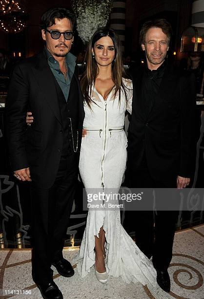 Actors Johnny Dep Penelope Cruz and producer Jerry Bruckheimer attend an after party celebrating the UK Premiere of 'Pirates of the Caribbean On...