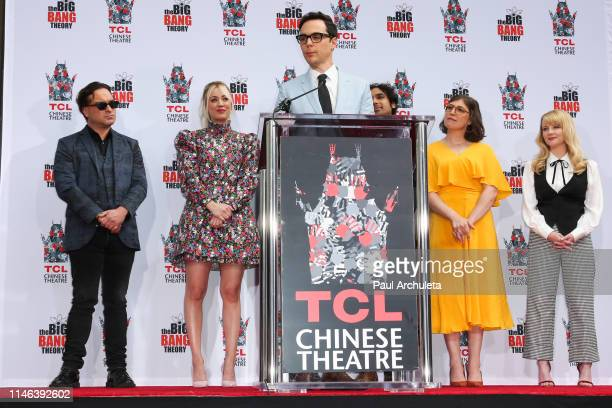 Actors Johnny Galecki Kaley Cuoco Jim Parsons Kunal Nayyar Mayim Bialik and Melissa Rauch attend the handprint in cement ceremony for the cast of The...