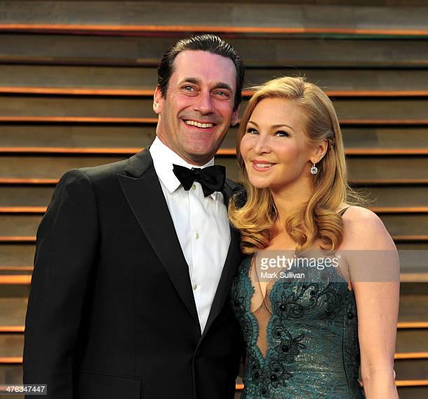 Actors Jon Hamm Jennifer Westfeldt attend the 2014 Vanity Fair Oscar Party hosted by Graydon Carter on March 2 2014 in West Hollywood California