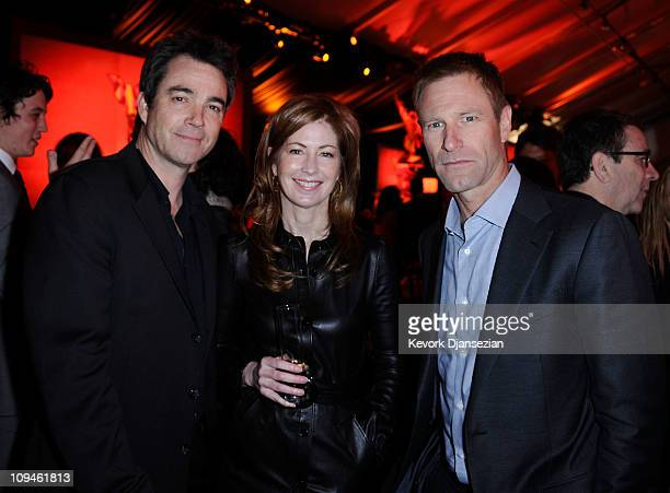 Actors Jon Tenney Dana Delany and Aaron Eckhardt during the 2011 Film Independent Spirit Awards at Santa Monica Beach on February 26 2011 in Santa...